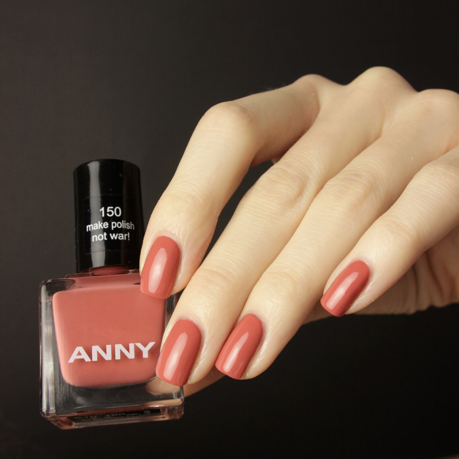 anny-make-polish-not-war-5